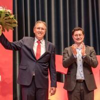 Links Bürgermeister Jürgen Herzing, daneben Stadtverbandvorsitzender Manuel MIchniok