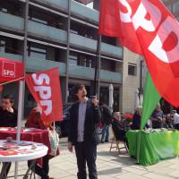Vor der Geschäftsstelle der SPD